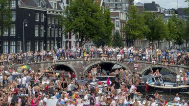La GayPride d'Amsterdam rassemble chaque année plusieurs milliers de personnes