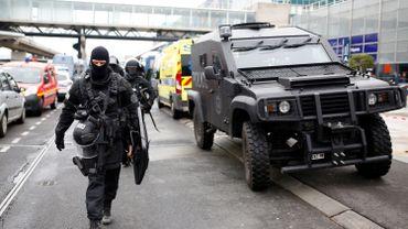 Homme battu à l'aéroport d'Orly: deux proches de l'assaillant toujours en garde à vue