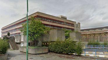 Le Centre de Culture Scientifique s'installera dans le bâtiment Roullier qui va être rénové (voir photo suivante)