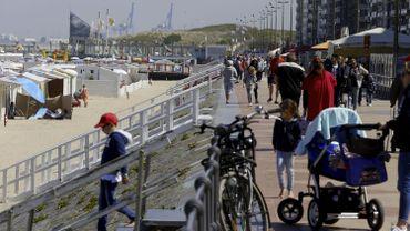 """Le bourgmestre d'Ostende répond à Jean-Claude Juncker: """"Tout le monde est le bienvenu à la côte"""""""