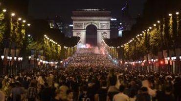 14 Juillet et finale du Mondial: 12.000 forces de l'ordre mobilisées à Paris et sa région