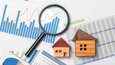 Comment expliquer la surévaluation de presque 14% du marché immobilier ?