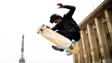 Parmi les membres du jury, Lotfi Lamaali, longboarder français de 37 ans, fut le premier vainqueur.