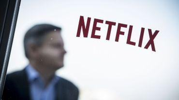 """Netflix change sa stratégie et lance un abonnement moins cher, en réponse à la """"menace"""" Disney?"""
