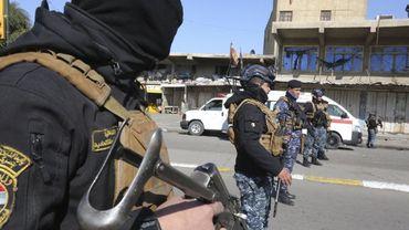 Soldats après un attentat à la bombe à Bagdad, le 21 janvier