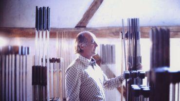 Le designer et artiste Harry Bertoia