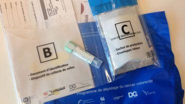 Cancer du colon: 4000 tests de dépistage distribués en région liégeoise