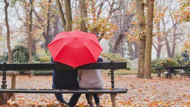 L'automne : la meilleure saison pour trouver l'amour