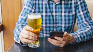 Coronavirus: près d'un Belge sur six s'est mis à boire de l'alcool