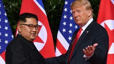"""Donald Trump a """"offert à Kim un vol retour sur Air Force One"""", révèle un documentaire de la BBC"""