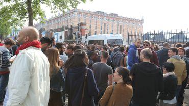 Plusieurs centaines de personnes s'étaient déplacées à Tour et Taxis
