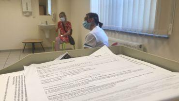 Le Beau Vallon accueille des centaines de patients quotidiennement en plus de plusieurs dizaines de résidents. L'institution a connu des moments difficiles durant la crise sanitaire. Et les soucis ne sont pas terminés car les hospitalisations sont en hausse.