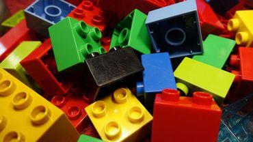 Donner nos vieux jouets aux enfants pourrait être dangereux