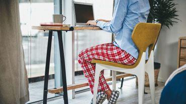 Télétravailler en pyjama peut vous déprimer (mais ne nuit pas à votre productivité).