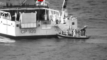 """""""Hécatombe"""" redoutée en Méditerranée après le naufrage d'un bateau de migrants"""