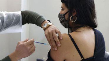 """Vaccin Pfizer : l'efficacité confirmée par des données """"dans des conditions du monde réel"""", de la population israélienne"""