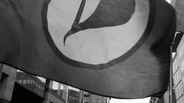 """""""En route vers le parlement wallon"""", slogan des pirates liégeois"""
