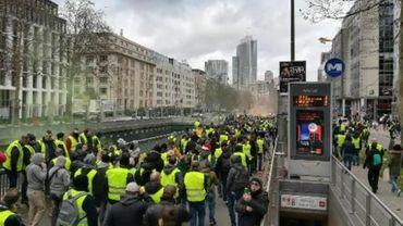 Samedi 8 décembre, un millier de gilets jaunes ont manifesté à Bruxelles sans avoir introduit de demande officielle.