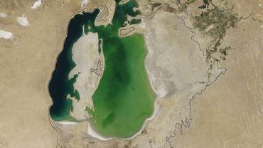La mer d'Aral le 25 août 2000.