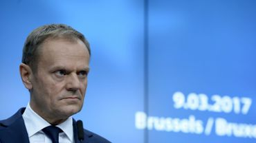 "Crash de Smolensk: Tusk accusé à Varsovie de ""trahison diplomatique"""