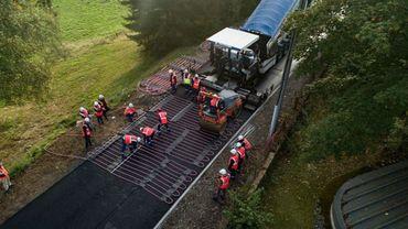 Eurovia a équipé 120 m de routes de son système Power Road à Égletons (Corrèze).