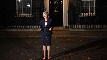 Le gouvernement britannique soutient le projet d'accord de Brexit
