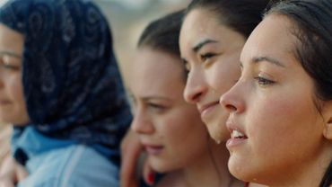 """Papicha, un film de Mounia Meddour: féministe et musulmane, c'est possible"""""""