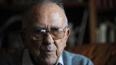 Le dirigeant historique du Parti communiste espagnol Santiago Carrillo, en novembre 2008 chez lui, à Madrid