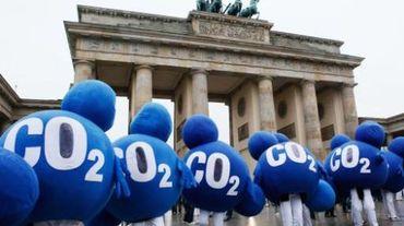 """Les députés européens ont """"gelé"""" 900 millions de tonnes de CO2"""