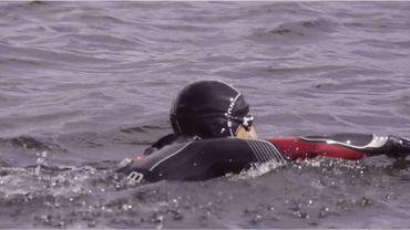 Enduroman : Arnaud De Meester s'entraîne pour affronter La Manche