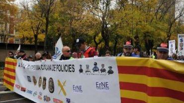 Colère contre l'austérité en Espagne: 5.000 policiers manifestent à Madrid