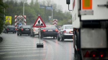 BELGIUM - Road Repair