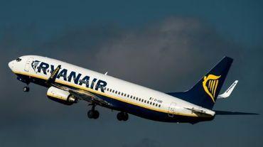 La compagnie aérienne irlandaise Ryanair a l'intention de distribuer à ses actionnaires le produit de la vente de ses parts dans Aer Lingus, soit 398 millions d'euros