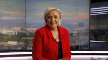 """Présidentielle en France: Marine Le Pen reconnaît que le débat contre Emmanuel Macron était """"raté"""""""