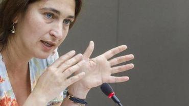 Affluence à la Côte - Bagarre à Blankenberge: Zuhal Demir pointe une mauvaise gestion à Bruxelles