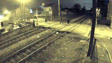 Des jeunes surpris en train de déposer une pierre sur les voies entre Flémalle et Engis