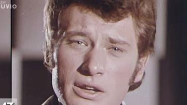 Johnny Hallyday, une pâle copie d'Elvis Presley?