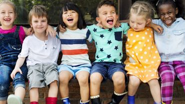 Les amitiés peuvent aider les enfants qui reçoivent une éducation stricte.