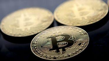 """Un entrepreneur peut émettre des """"jetons"""" ou """"tokens"""" numériques, fondés comme le bitcoin sur la technologie blockchain, la chaîne de blocs, qui est une sorte de registre d'échanges décentralisé et infalsifiable."""