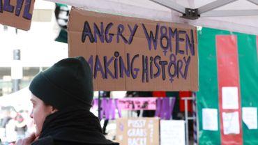 La moitié des femmes (48%) qui ont commencé un nouvel emploi l'an dernier ont signé un contrat à temps partiel.