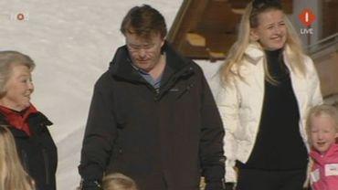 Le prince Johan Friso (au centre) avec son épouse Mabel Wisse Smit
