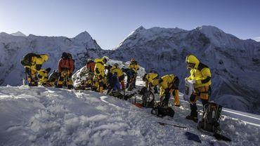 Le Népal va interdire les objets en plastique à usage unique dans la région de l'Everest.