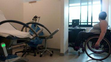 10.000 personnes handicapées ont besoin d'un hébergement en institution en Wallonie. Les places manquent et l'accueil laisse parfois à désirer