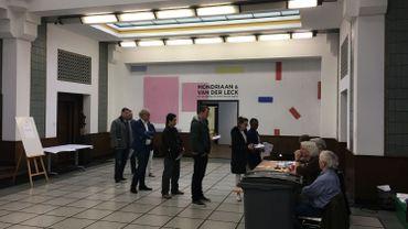 Elections législatives néerlandaises tous les bureaux de vote