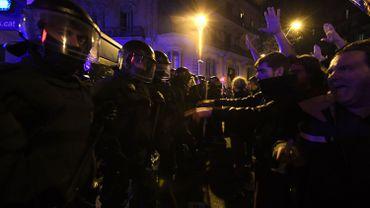 A Barcelone, 22 manifestants ont été blessés légèrement dans des heurts avec les policiers.