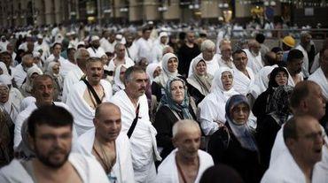 Des musulmans arrivent pour la prière à la La Mecque, le 29 septembre 2014