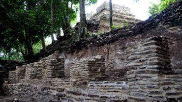 Une importante cité maya a été découverte en pleine forêt au Mexique, tout comme ce palais vieux de 2000 ans