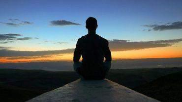 La méditation peut-elle changer le monde ?
