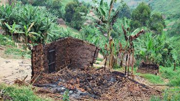 Une maison brûlée dans un village du Nord Kivu, en février dernier