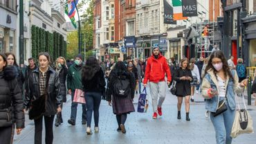 Dans une rue de Dublin le 21 octobre 2020, avant le début d'un nouveau confinement en Irlande